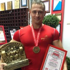 """Тренер ф/к """"IMPERIA"""" стал Абсолютным Чемпионом Европы и обновил личный рекорд!!!"""